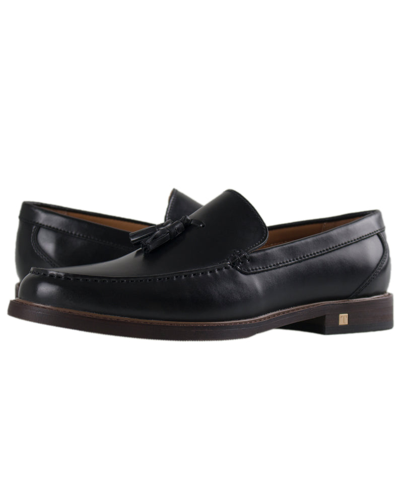 Load image into Gallery viewer, Tomaz C290 Tassel Loafers (Black)