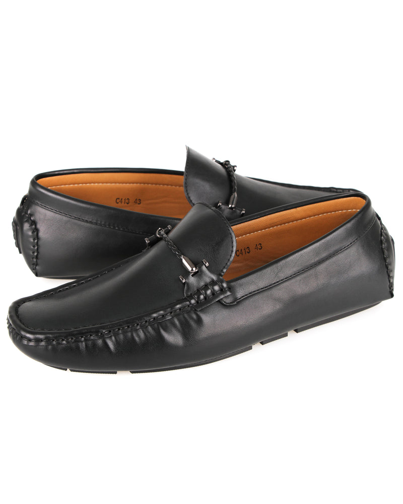 Load image into Gallery viewer, Tomaz C413 Single Braided Buckle Moccasins (Black)