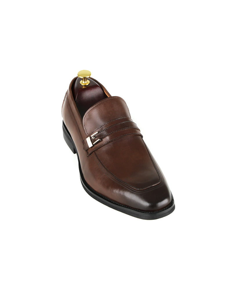 Load image into Gallery viewer, Tomaz F238 Formal Buckle Slip On (Coffee)