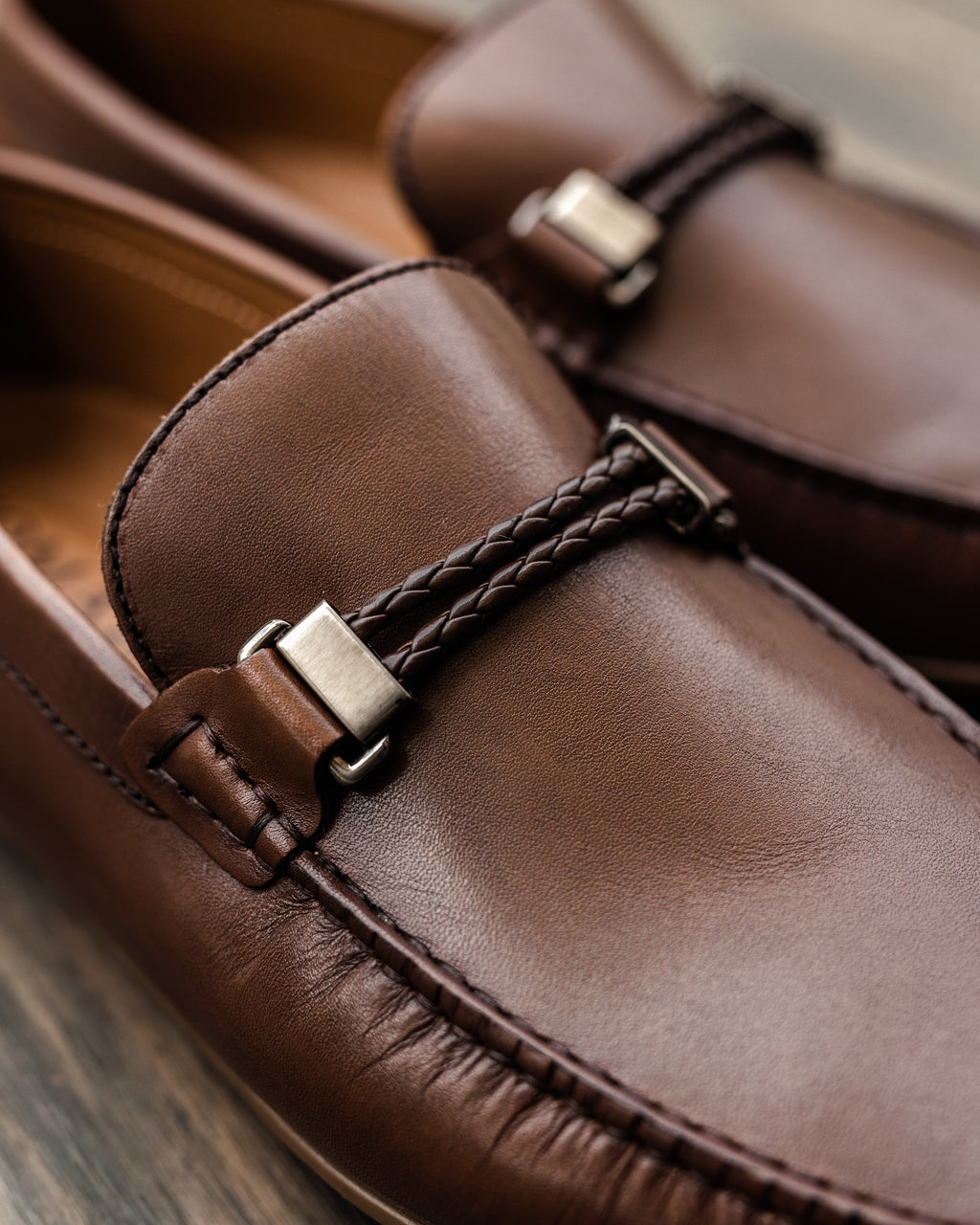 Tomaz C319 Braided Buckled Moccasins (Coffee)