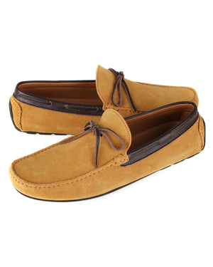 Load image into Gallery viewer, Tomaz C442 Tassel Moccasins (Camel)