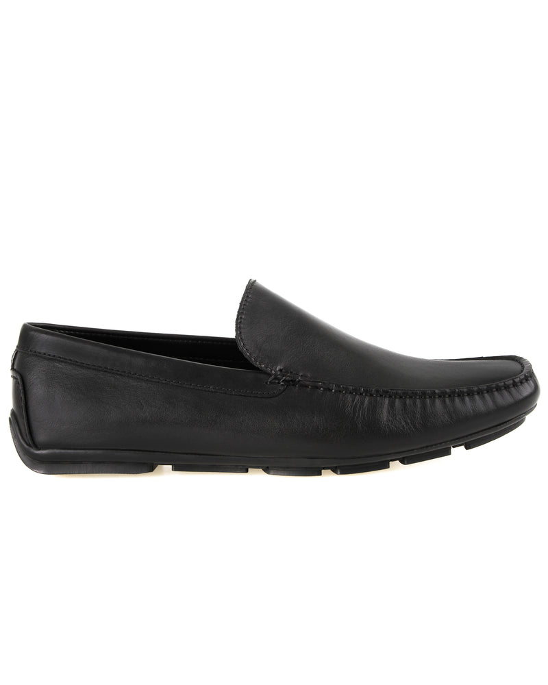 Load image into Gallery viewer, Tomaz C450 Leather Moccasins (Black) men's shoes casual, men's dress shoes, discount men's shoes, shoe stores, mens shoes casual, men's casual loafers men's loafers sale, men's dress loafers, shoe store near me.