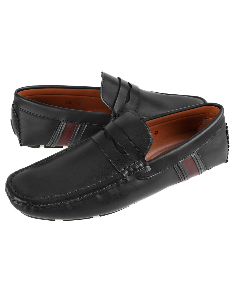 Load image into Gallery viewer, Tomaz C467 Penny Moccasins (Black)