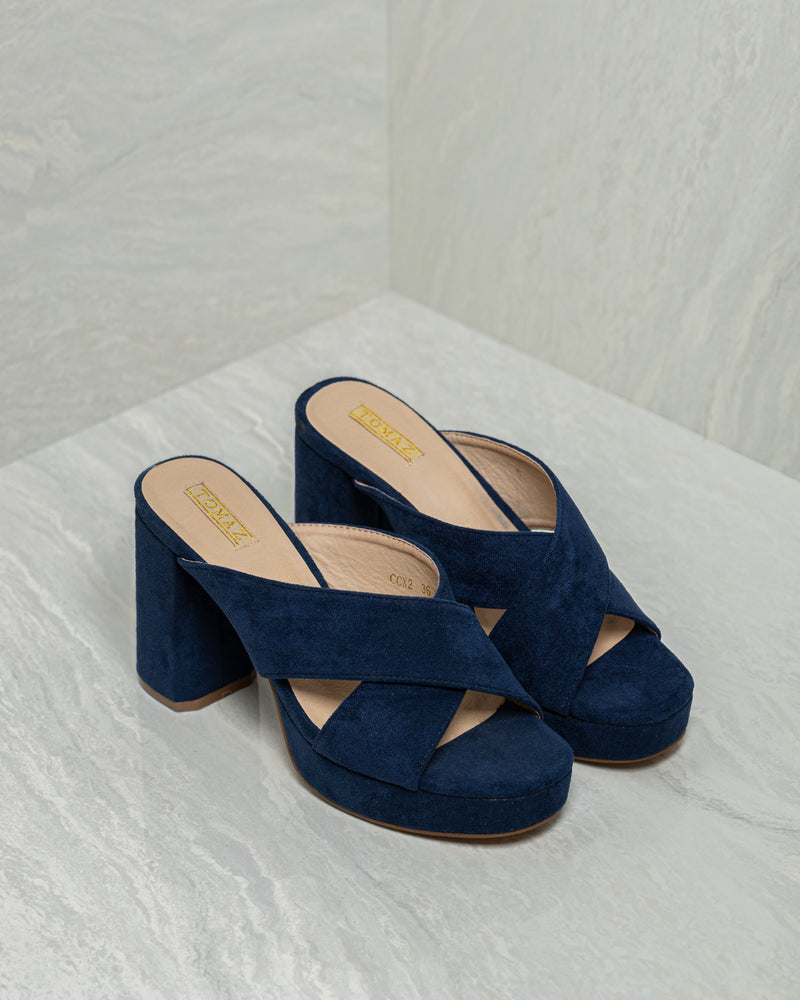 Load image into Gallery viewer, Tomaz CCX2 Ladies Heels (Navy)