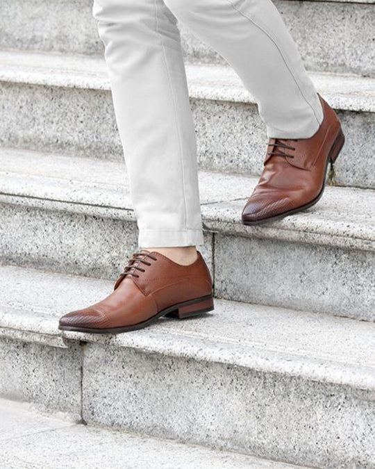 Load image into Gallery viewer, Tomaz F102 Brogue Derbies (Brown) (782177960025)