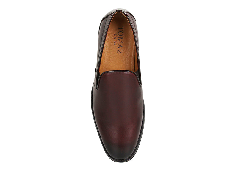 Load image into Gallery viewer, Tomaz F193 Plain Toe Slip Ons (Wine) (1878826778720)