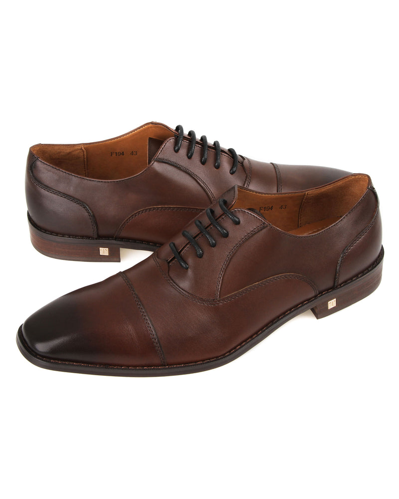 Load image into Gallery viewer, Tomaz F194 Oxford Formals (Coffee) men shoe, men's shoe, men's italian dress shoes, men's dress shoes guide, men's dress shoes near me, dress shoes men, famous footwear near me, famous footwear locations, shoe store near me, best formal shoes, formal shoes