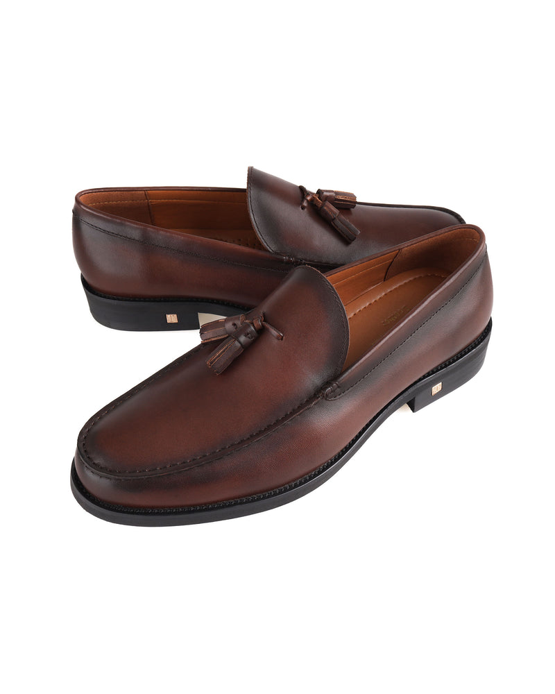 Load image into Gallery viewer, Tomaz F251 Tassel Loafers (Coffee)