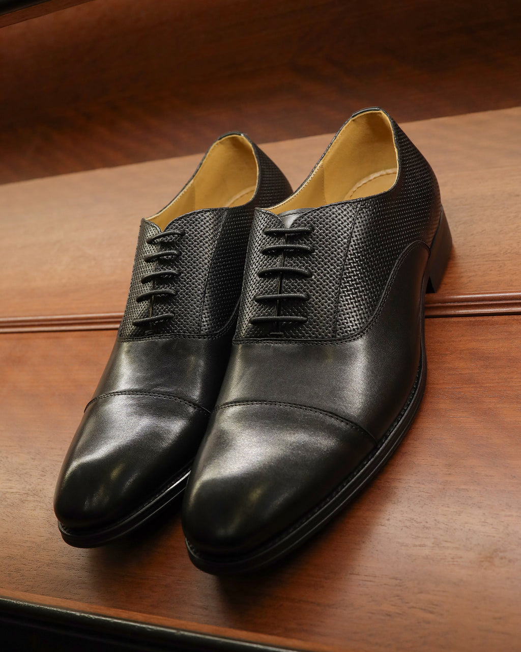 Tomaz F268 Cap Toe Oxfords (Black)