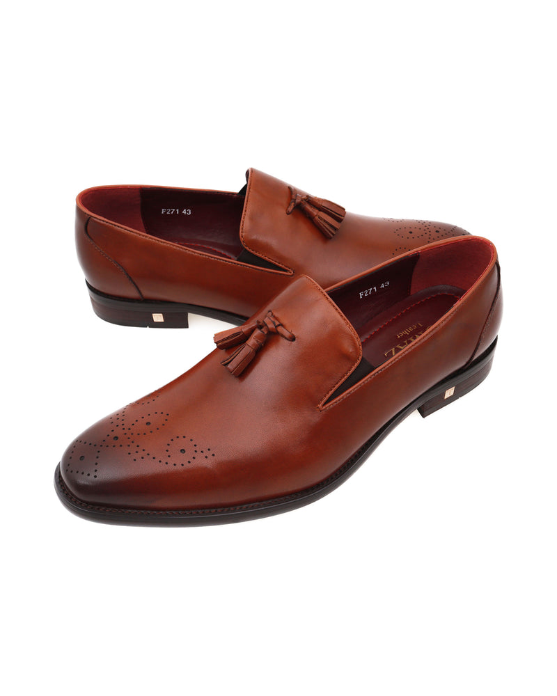 Load image into Gallery viewer, Tomaz F271 Tassel Loafers (Brown)