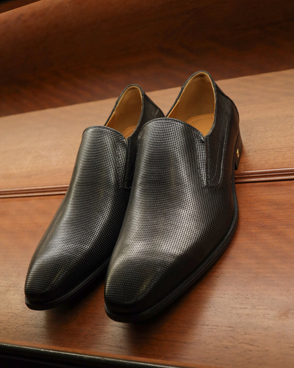 Tomaz F275 Formal Slip Ons (Black)