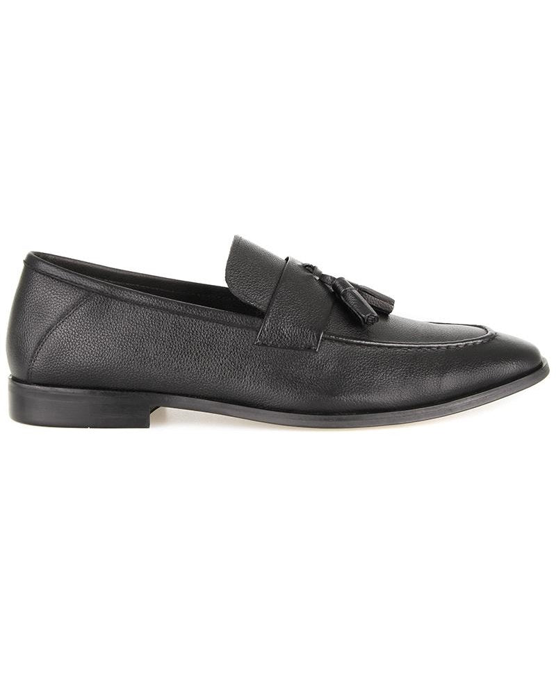 Load image into Gallery viewer, Tomaz F283 Tassel Loafers (Black) (2287847080032)