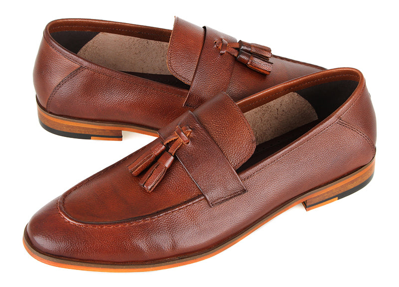 Tomaz F283 Tassel Loafers (Brown)
