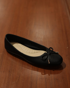 Load image into Gallery viewer, Tomaz XP58 Ladies Bow Flats (Black)