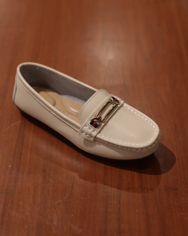Tomaz LY65 Ladies Buckle Moccasins (Beige)
