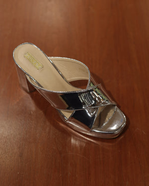 Load image into Gallery viewer, Tomaz CCX2 Ladies Heels (Silver)