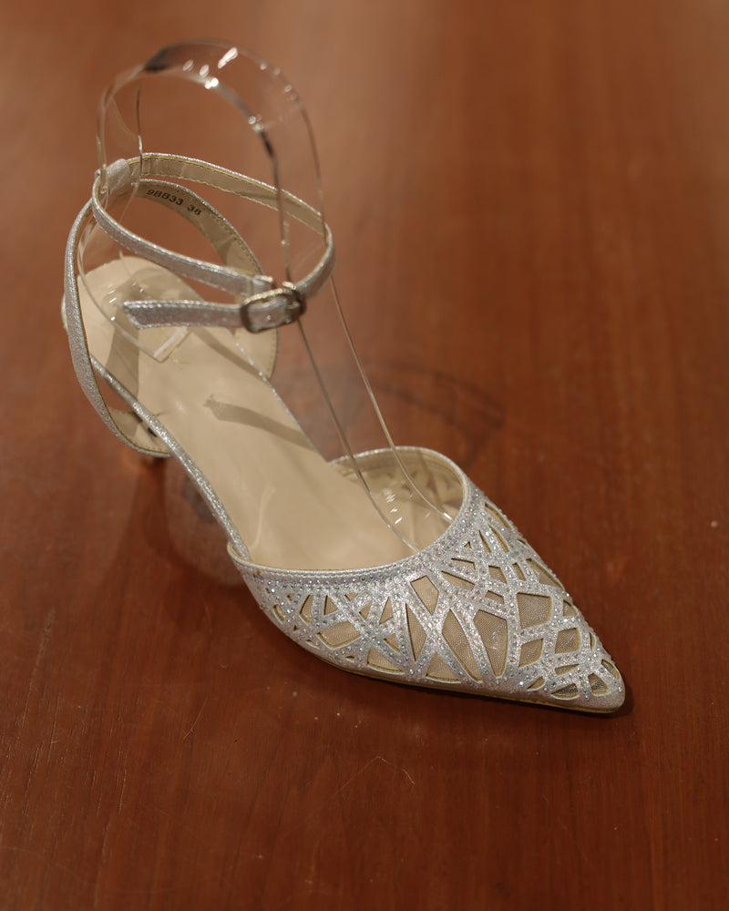 Load image into Gallery viewer, Tomaz 9BB33 Ladies Heels (Silver)