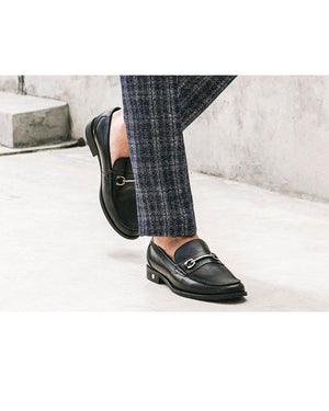 Load image into Gallery viewer, Tomaz F179 Bit Loafer (Black) (1473792933977)