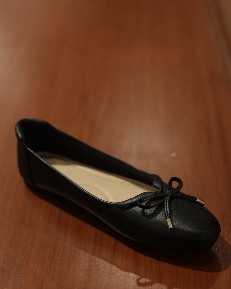 Load image into Gallery viewer, Tomaz XP51 Ladies Ribbon Flats (Black)