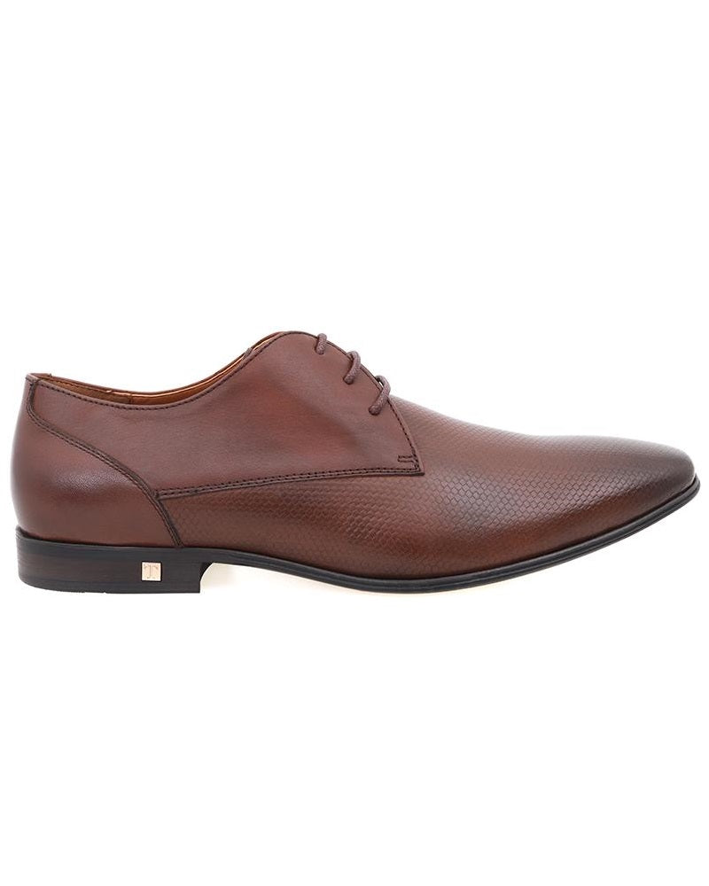Tomaz F177 Plain Toe Derbies (Brown) men shoe, men's shoe, men's italian dress shoes, men's dress shoes guide, men's dress shoes near me, dress shoes men, famous footwear near me, famous footwear locations, shoe store near me, best formal shoes, formal shoes