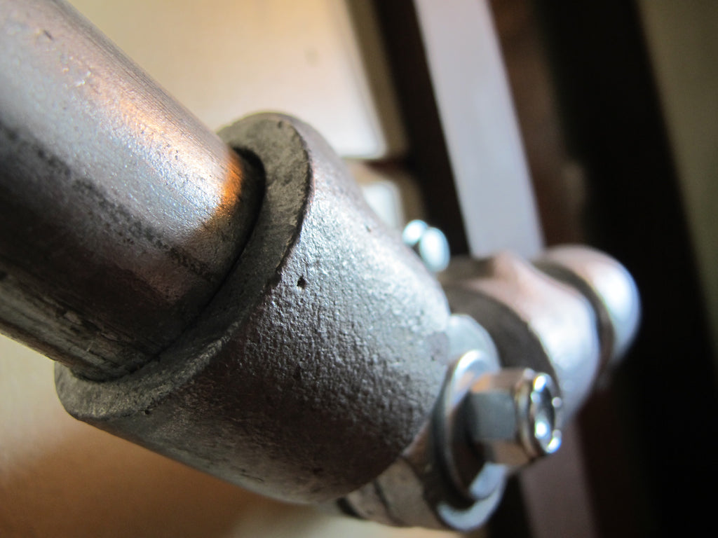 Slip-on pipe fittings handrail - onefortythree