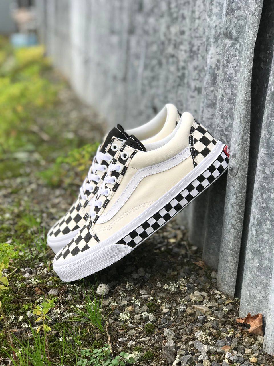 Vans Old Skool (Checker Sidewall) Black/White