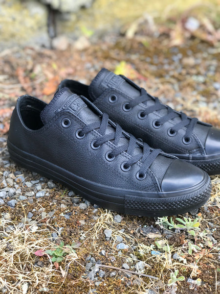 Chuck Black Mono Leather Low