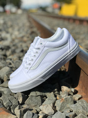 Old Skool - True White