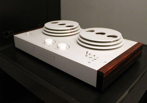 EAT E-Glo Phono Preamplifier | Available Now for Audition