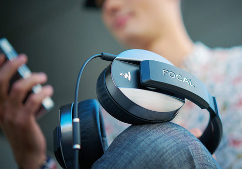 How to Choose Headphones: Headphone Types, Features & Accessories
