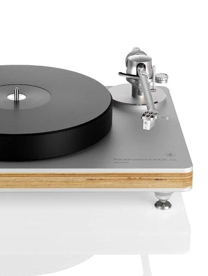 clearaudio-performance-dc-turntable-wood-feature