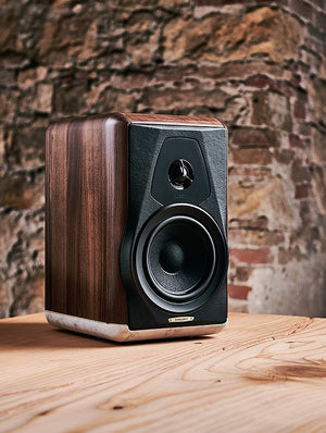 sonus-faber-electa-amator-iii-feature-3