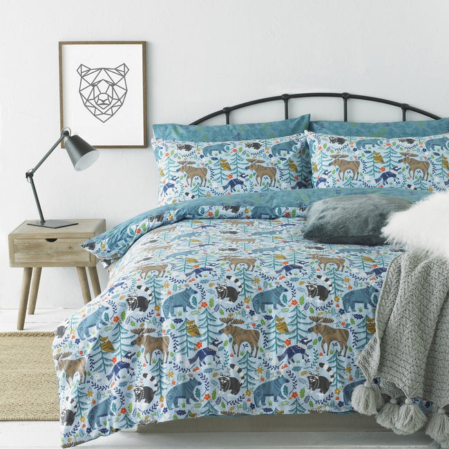 Blue - Front - Riva Home Whistler Canadian Forest Animal Themed Duvet Cover Set (200 Thread Count)