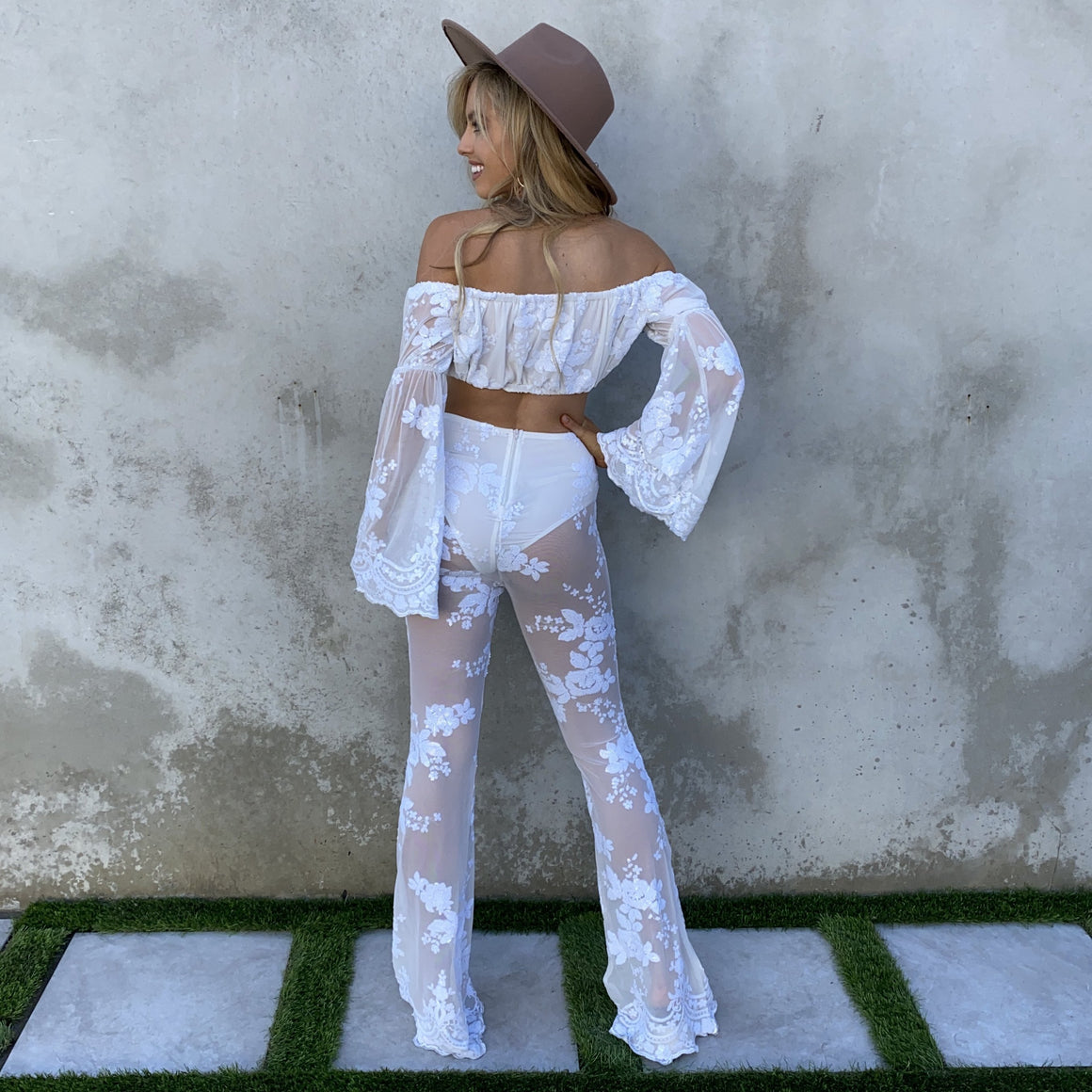 Remarkable Lace Crop Top & Flare High Waist Pant Set - Dainty Hooligan