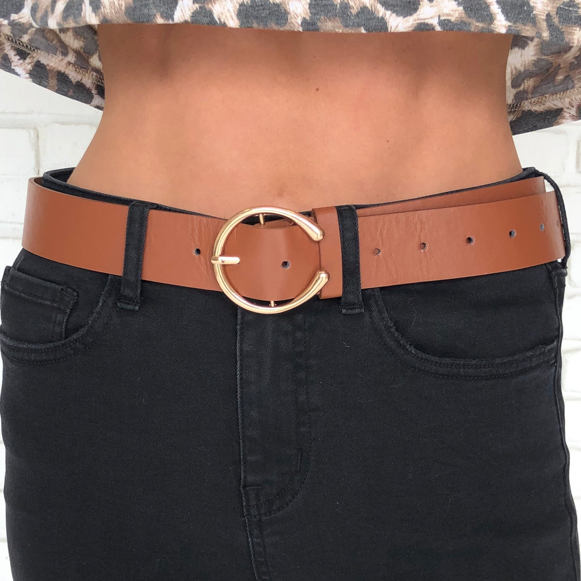 Buckle Up Gold Ring Belt