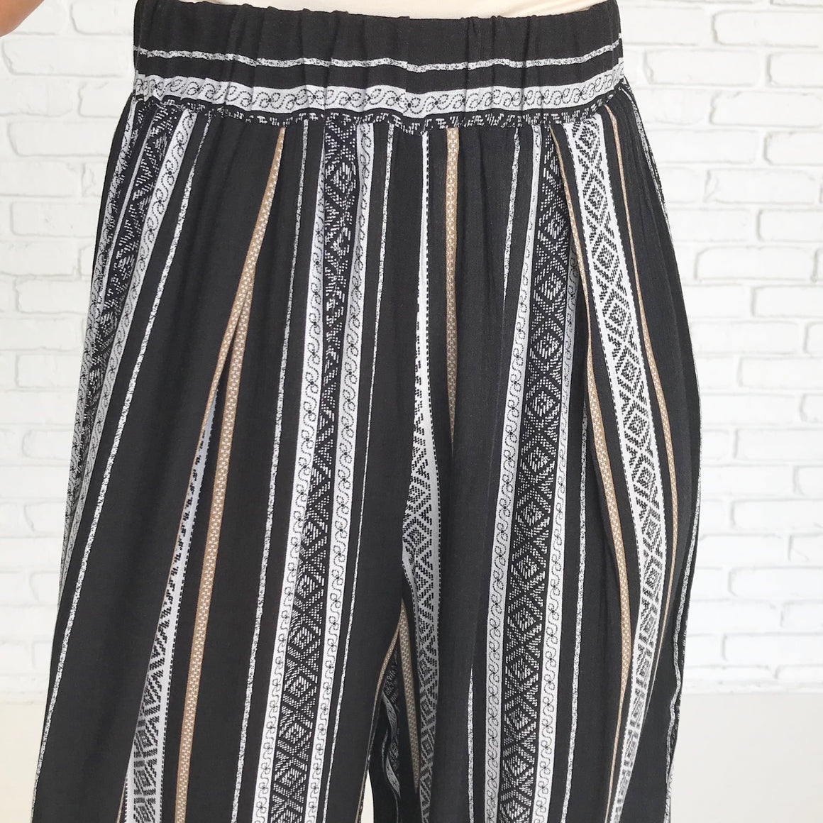 Trendy Tribal Striped Pants In Black