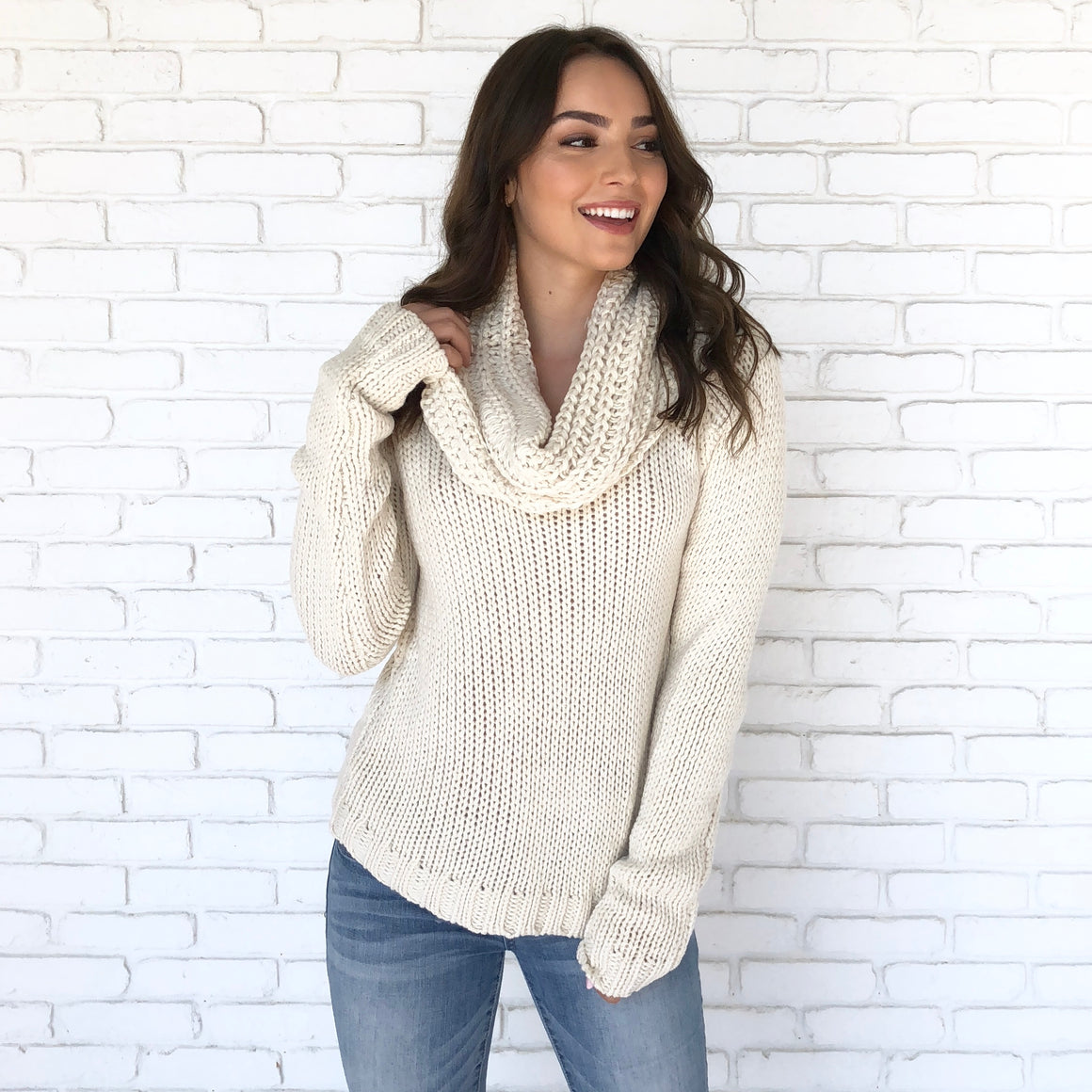 Natural Knit Sweater In Ivory