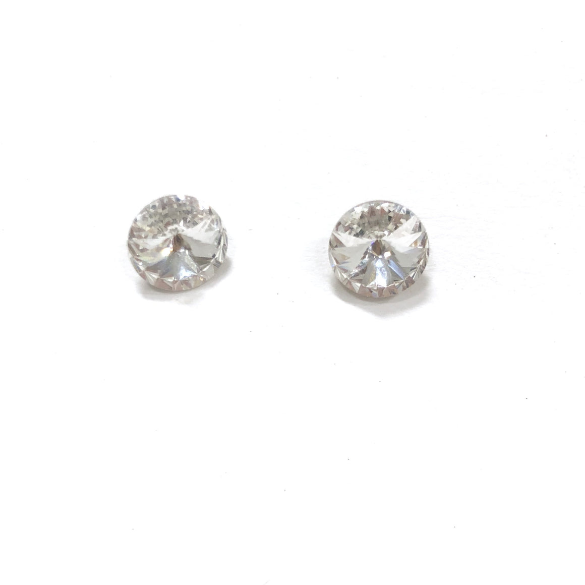Irresistible Iridescent Stud Earring in Silver
