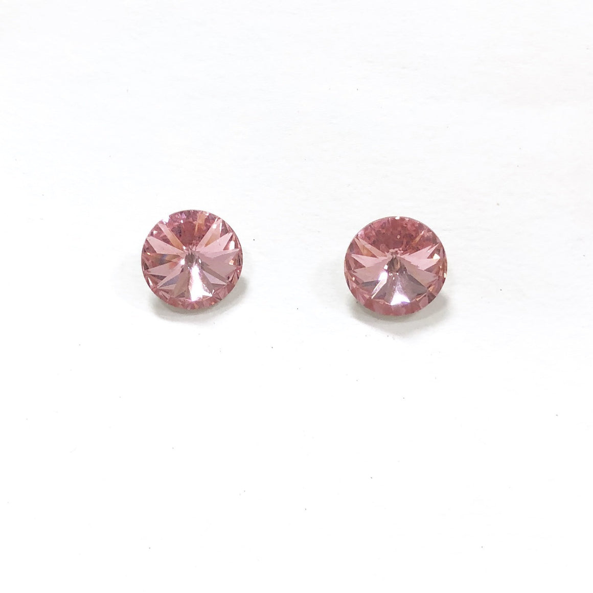 Irresistible Iridescent Stud Earring in Pink