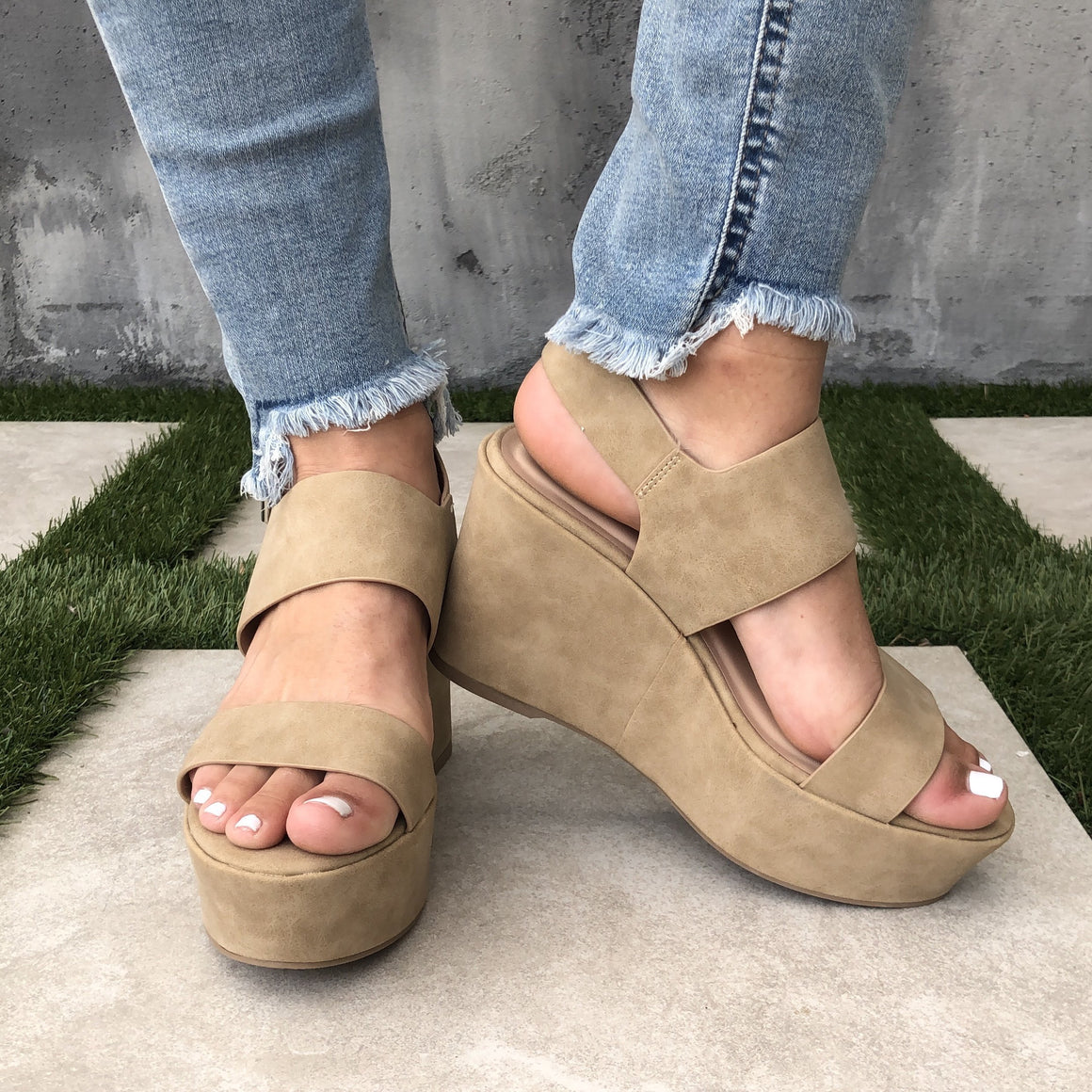 My Girl Platform Open Toe Wedges In Mocha