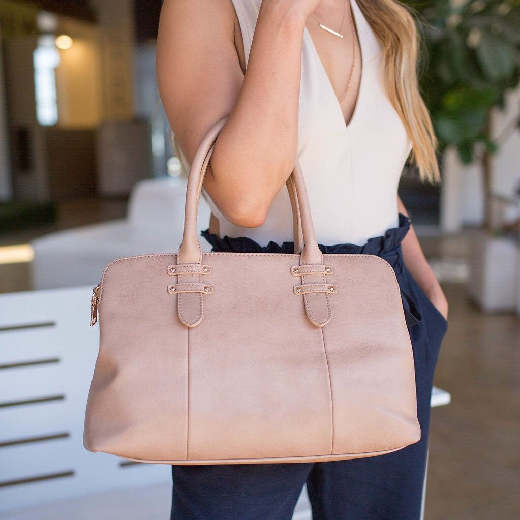 Huckleberry Handbag in Camel