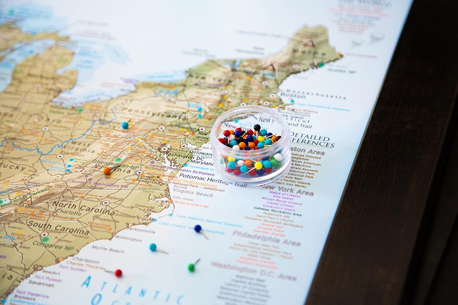travel map with pins
