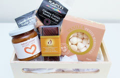 Sticky Caramel Sauce | Gourmet Food Hampers | The Gift Loft (NZ)