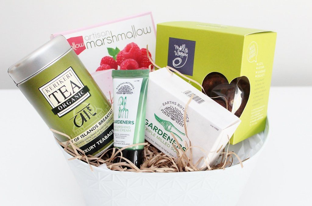 Grandmother's Treats and Garden Pamper Hamper | Mother's Gift | The Gift Loft (NZ)