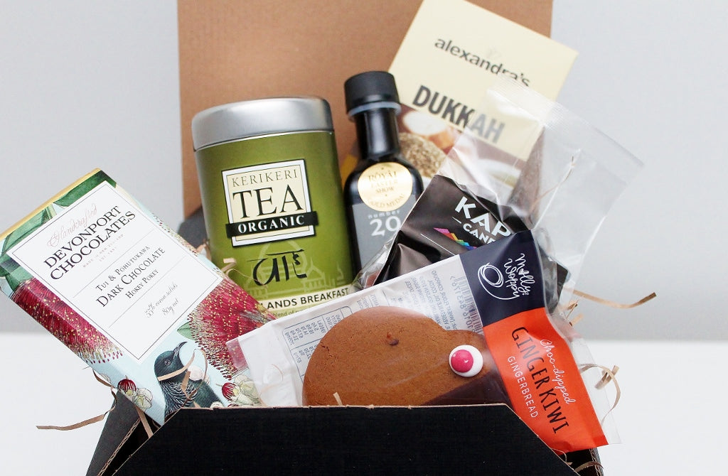 NZ & Waiheke Artisan Food Hamper | Gourmet Gift for Men & Women | The Gift Loft (NZ)