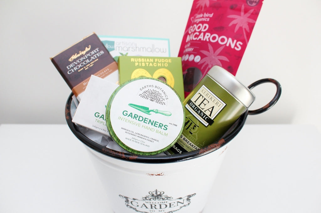 Gardening Pamper & Treats Hamper | Gift for Her | The Gift Loft (NZ)