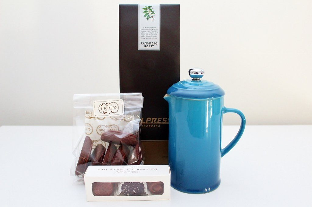 Le Creuset Coffee Press & Coffee Gift Box | Birthday Gift for Men | The Gift Loft (NZ)