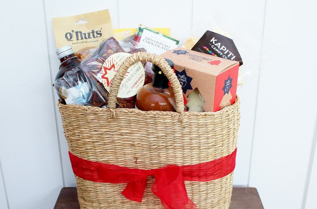 Christmas Gift Baskets For Women.Summer Christmas Sweet Savoury Gift Basket