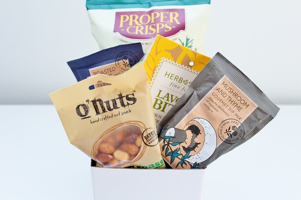 A Savoury Nibbles Food Gift Basket | Gourmet Gift | The Gift Loft (NZ)
