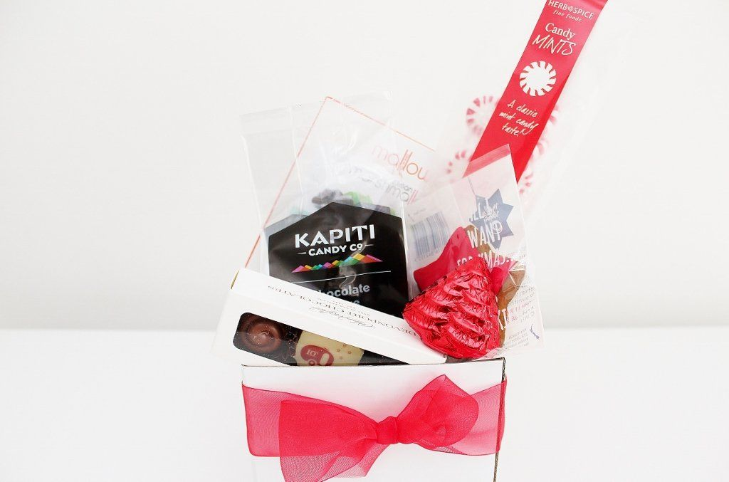 Sweet Tooth Christmas Box Christmas Gift Idea The Gift Loft Nz The Gift Loft Nz Quality Online Gift Ideas For All Occasions